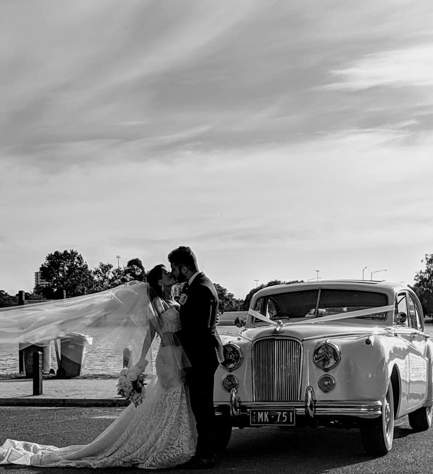 Albert Park Classic Wedding Car Hire