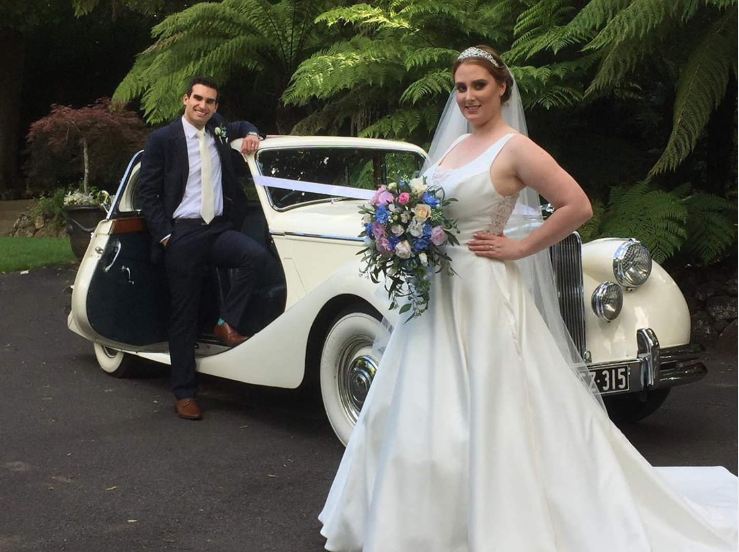 JC Jags - Nathania Springs Wedding Car Hire